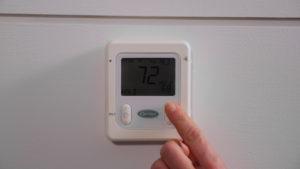 Adjusting Digital Thermostat Temperature
